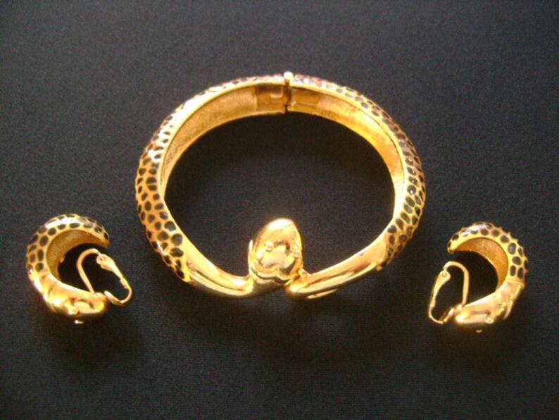 Fabulous Vintage DVF Diane Von F\u00fcrstenberg Gold Tone Enameling Spotted Leopard Pattern Cobra Snake Head Bangle Bracelet Earrings Jewelry Set