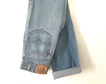 Vintage Levi High Waist Denim Jeans