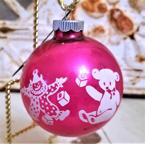 Pink Christmas Ornaments.Shiny Brite Vintage Hot Pink Christmas Ornaments Toys Sailboat Bear 3