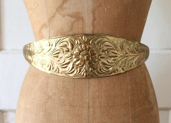 Vintage 1980s Hammered Brass Belt / 80s Indian Bra