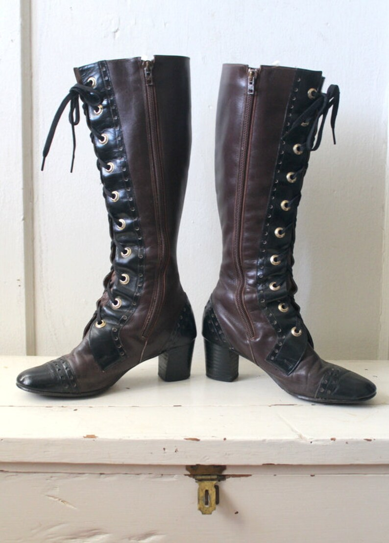 2d9a4d4ff8d9 Vintage 1960s Brown   Black Leather Boots   60s Lace Up