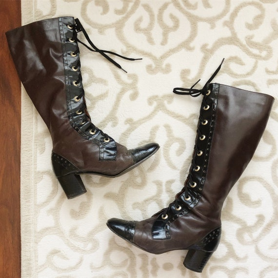 Vintage 1960s Brown & Black Leather Boots / 60s La