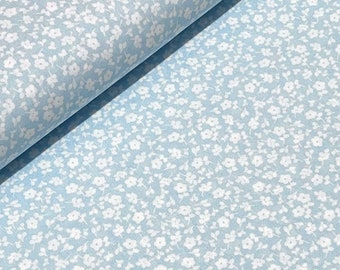 Scattered flowers light blue-white 100%BW