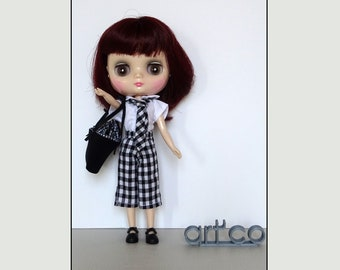 Schoolgirl set for Middie Blythe Doll. An ART'CO creation.