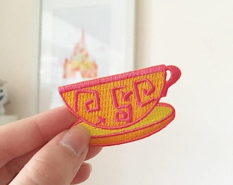 Spinning Teacup Iron-on Patch