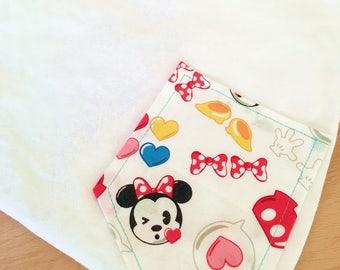 Mouse Emoji Tee Pocket