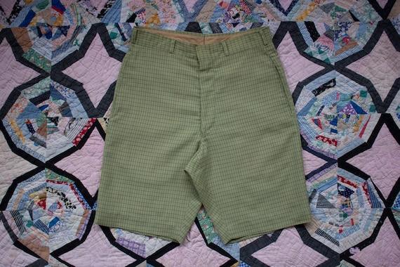 vintage 1950s green plaid shorts
