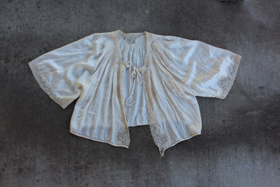 antique 1930s lace and silk bed jacket kimono