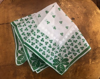 Restored Vintage White Linen Ladies Handkerchief with Decorative Applique Edging Hemstitch Corner Designs /& Small Shamrock Embroidery