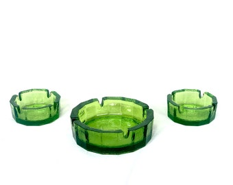 1970s Green Glass Ashtray Set, Vintage Ashtray Catchalls for Hallway Console or Desk Organization and Decor, Decorative Green Glass Bowl Set