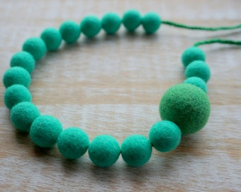 Millet Necklace, Green, Felted, Merino wool necklace, Eco jewelry, Colourful Necklace