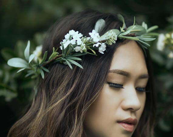 Green Flower Crown | Eucalyptus flower crown | Green Wedding Crown | Eucalyptus Crown | Greenery Crown | Green Leaf Crown | Woodland crown.