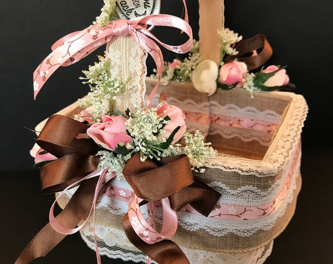 CHARMING COUNTRY BASKET