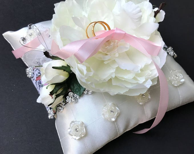 Ring Pillow with Peony Center