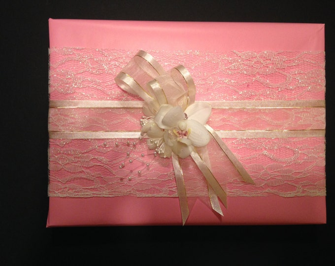 Giftwrap In Pink With Lace