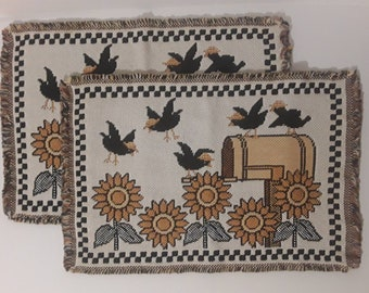 """S 8930 12"""" /& 19"""" Crows Placemats /& Decorations Pattern"""