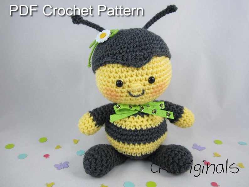 173 Crochet Pattern - Girl Doll in a Bumblebee outfit - Amigurumi ... | 596x794