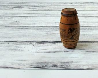 Asbro Wooden Needle Barrel, Wooden Needle Holder