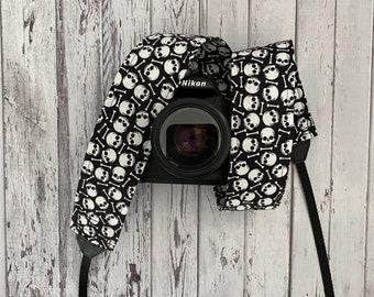 Skulls Camera Strap / Halloween Camera Strap / DSLR Camera Strap for Nikon, Canon, Sony and more / Fabric Camera Strap