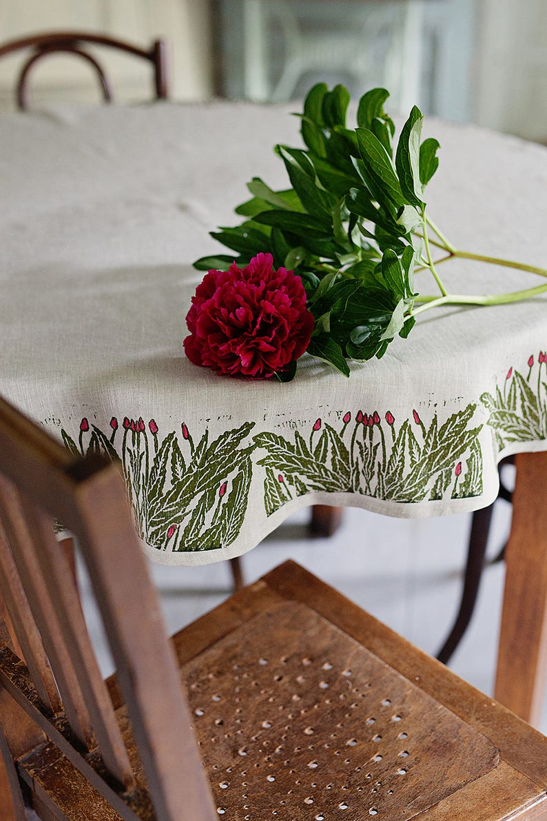 Round linen tablecloth Willowherb image 0