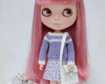 Lilac and white knitted jumper and reversible skirt for Blythe