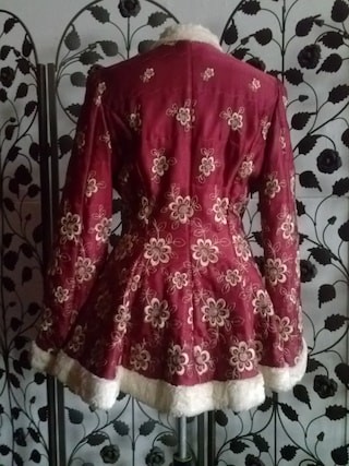 Ruby red&cream embroidered satin peplum jacket faux fur trim folklore Russian fairytale fantasy quilted costume jacket EU M-L, US M, UK10-14