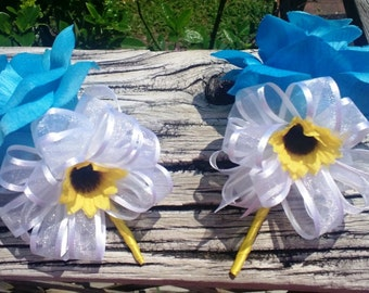 Malibu Blue Rose Pin On Corsage Set with Mini Sunflower, Sunflower Corsage, Malibu Blue Corsage, Sunflower Wedding, Mother's Corsage Rose