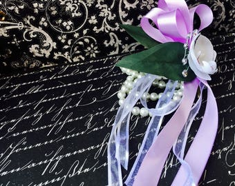 Real Touch White Orchid Pearl Wrist Corsage, White Wrist Corsage, White Corsage, White Wristlet, Womens Flower Corsage, Women's Corsage