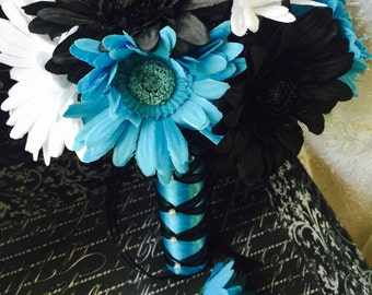Daisy Bouquet with Boutonniere, Black White Turquoise Malibu Blue Wedding Bouquet, Turquoise Bridal Bouquet, Malibu Blue Bouquet Black daisy