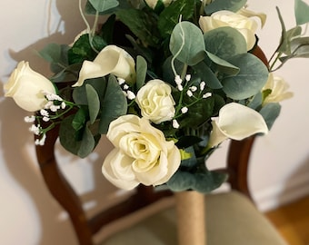 Real Touch Ivory Wedding Bouquet with Calla Lilies, Roses and Eucalyptus, Ivory Bridal Bouquet, Ivory Wedding Flowers with Greenery
