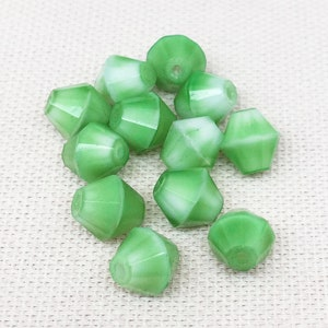 100 Vintage Mixed Apple Green Bicone Glass Beads 4mm
