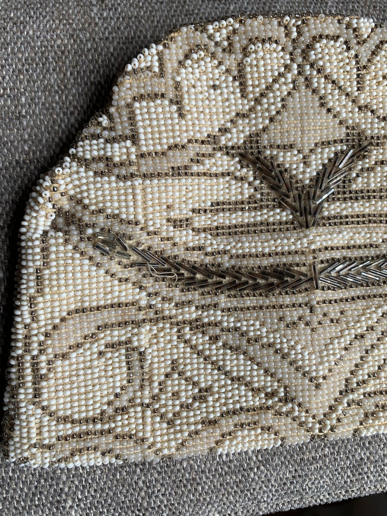1940\u2019s White /& Silver Beaded Clutch