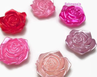 Plastic rose magnets - set of 6 (handmade magnets magnets rose flower fridge magnets memo magnets love magnets wedding favors red pink)
