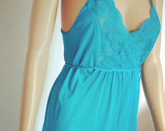 234d2d831f49 Vintage Gilead Turquoise Satin Nightgown Size S. Lacy-Bust Empire sexy  Lingerie