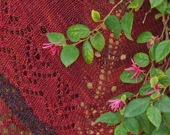 Gorgeous, Soft Hand-knit Cranberry/Grape Wool Lace Border Scarf