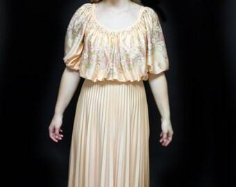 b93d671010c 70 s J C Penney Fashion Gown