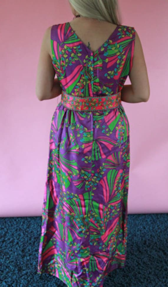1950's Faux Wrap Maxi Dress with Matching Belt - image 3