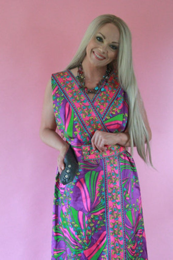 1950's Faux Wrap Maxi Dress with Matching Belt - image 5