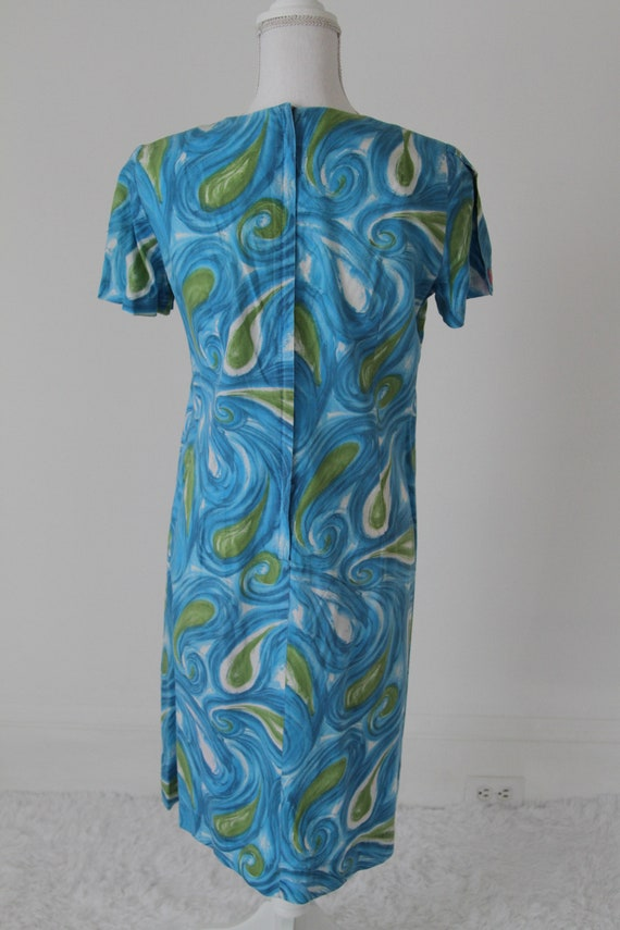1960's Cotton Day Dress or Shift Dress  in Paisle… - image 7