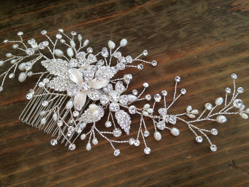Bridal Hair comb with Fresh water pearls wedding hair image 0