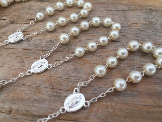 35 Mini Rosary Off White Baptism Favors Gold Plated //Recuerdos De Bautizo
