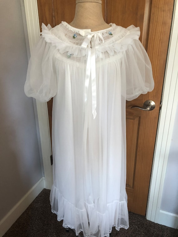 Vintage Miss Elaine White Bridal Peignoir Set