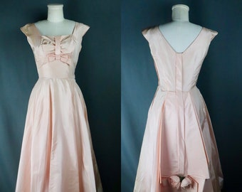 Vintage 1950s Deadstock Baby Pink Sleeveless Taffeta Prom Dress with Floral Detail, Size XS // Small -- Rockabilly // Pinup // Dapper