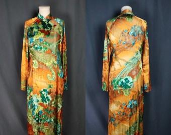 Vintage 1970s Orange and Blue Cheongsam with Floral Pattern and Metallic Threading, Size Medium — Boho // Hippie // Festival