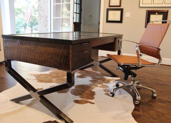 Bureau bois récupéré avec dessus en acier et x pattes etsy
