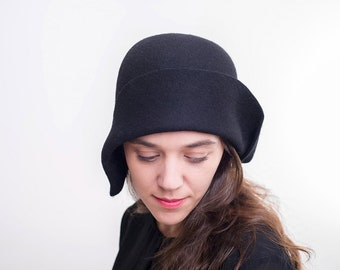 39ab6fbf944f5 Cloche hat-Women black felt hat   AUTUMN WINTER handmade hand draped black felt  cloche hat