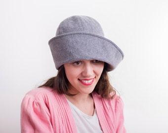 f2b61cec719 Cloche Light grey winter hat woolen tweed cloche women hat vintage style    handmade hat   Retro hat for her