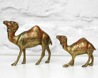 Vintage Brass Camel, Vintage Brass Animal, Brass Paperweight, Boho Home Decor, Boho Ornament, Brass Ornament, Brass Figure, Vintage Home