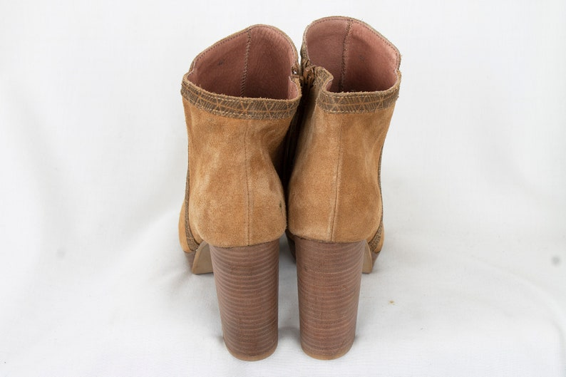 US9.5 Vintage 90s Suede Brown Leather Elegant Ankle Boots for Women size EU40  UK7.5  US9.5