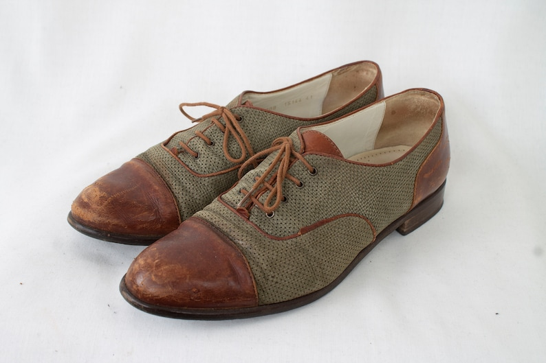 6903c2e02ef69 US10 Vintage 1960s Brown Leather Olive Suede Oxford Small Heel Womens Shoes  EU41 UK8 US10